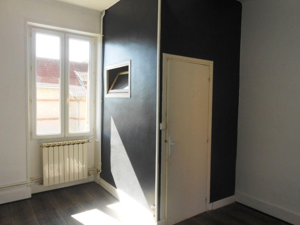Appartement à vendre 3 55m2 à Imphy vignette-4