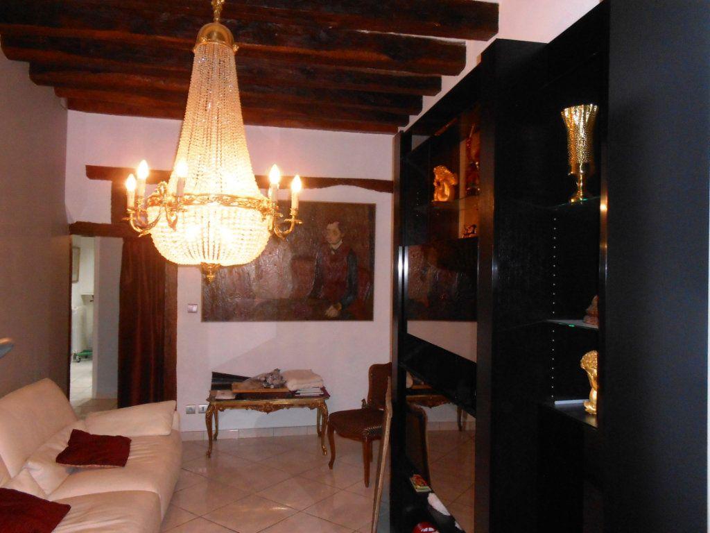 Maison à vendre 5 180m2 à Nevers vignette-4