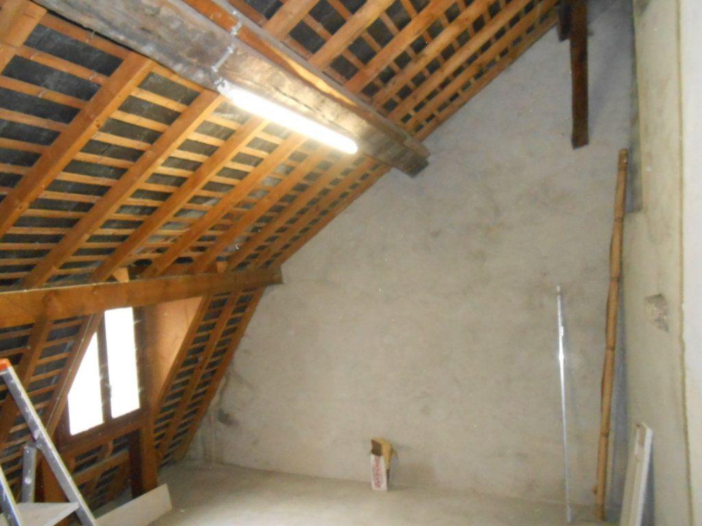 Maison à vendre 5 180m2 à Nevers vignette-10