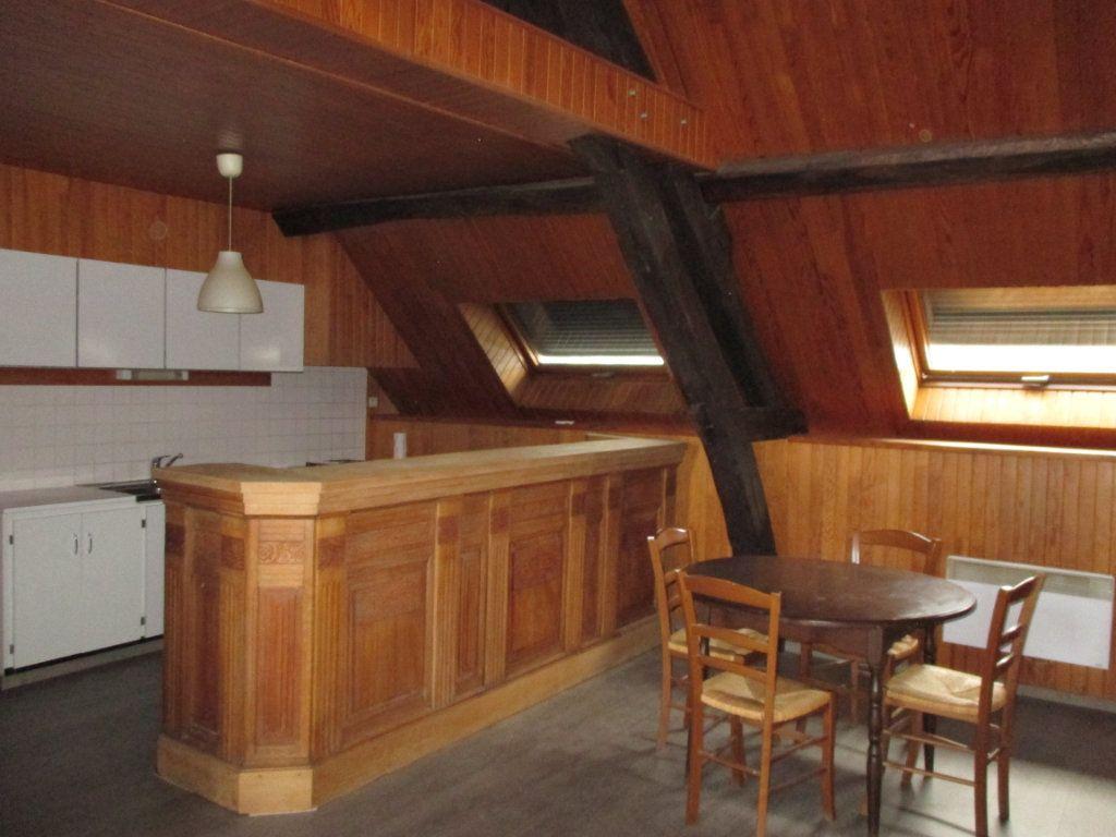 Immeuble à vendre 0 150m2 à Bourges vignette-3