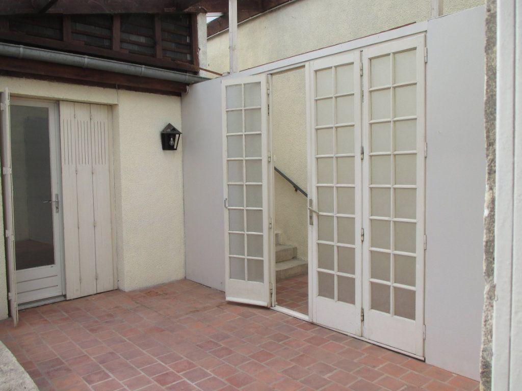 Immeuble à vendre 0 150m2 à Bourges vignette-13