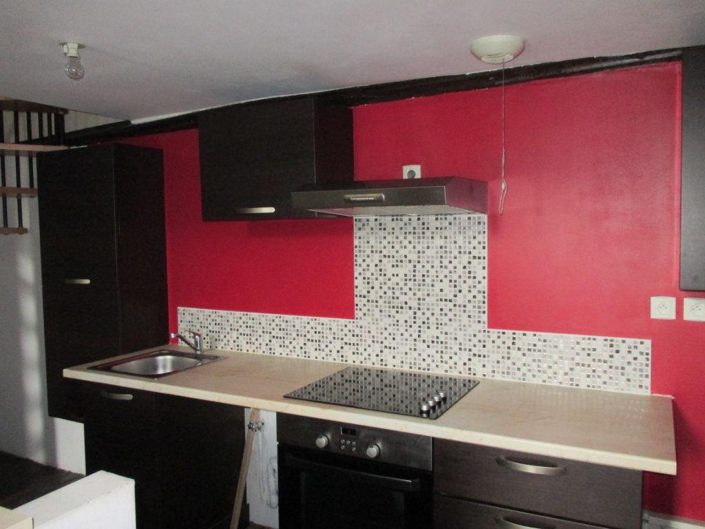 Appartement à vendre 3 105m2 à Bourges vignette-3