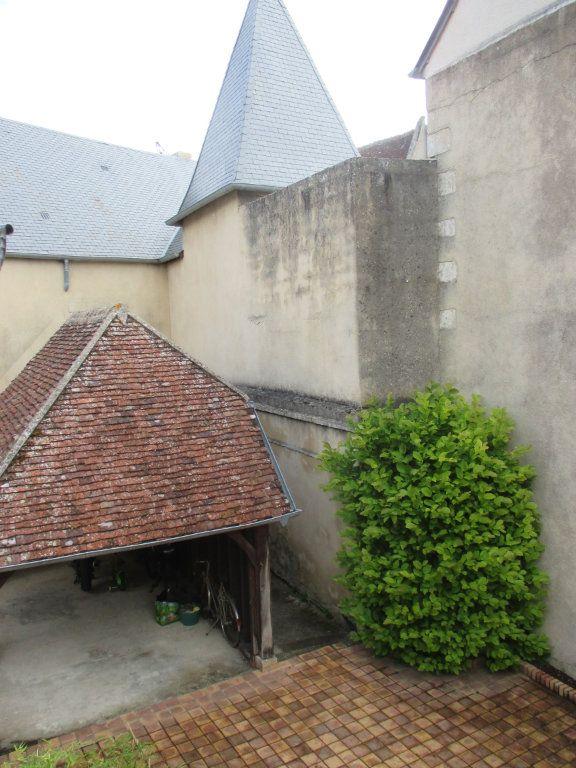 Appartement à vendre 3 105m2 à Bourges vignette-4
