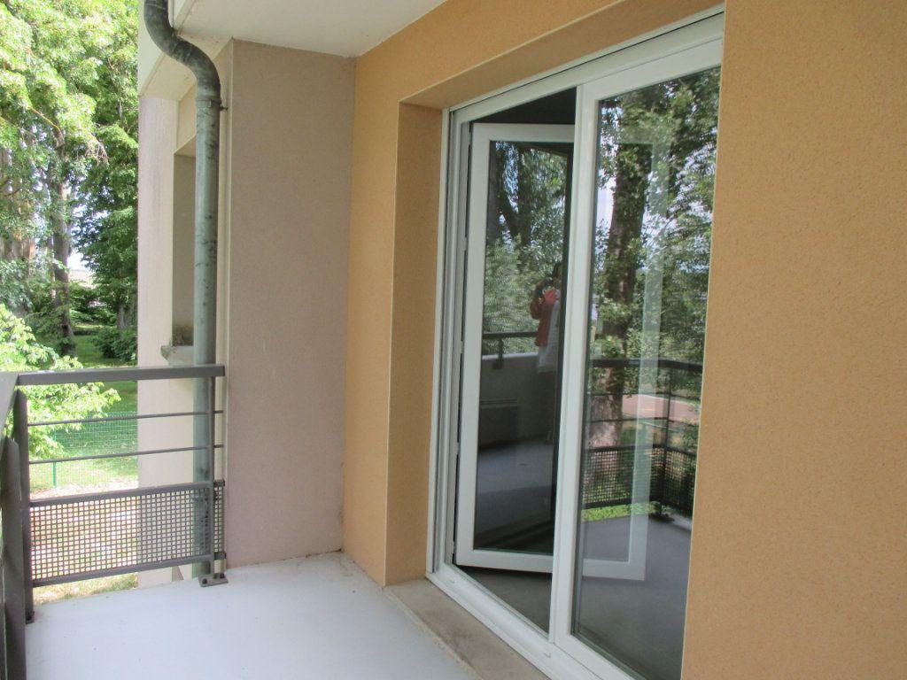 Appartement à vendre 2 45.85m2 à Bourges vignette-5