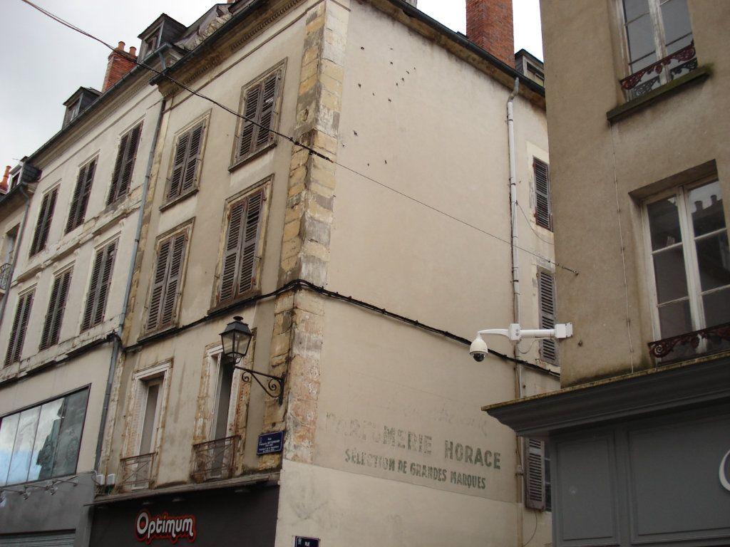 Immeuble à vendre 0 162.35m2 à Nevers vignette-2