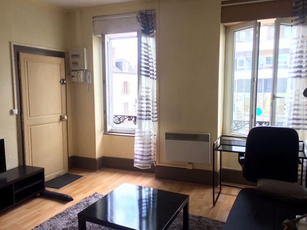 Appartement à vendre 1 20m2 à Nevers vignette-1