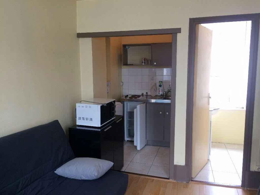 Appartement à vendre 1 20m2 à Nevers vignette-2