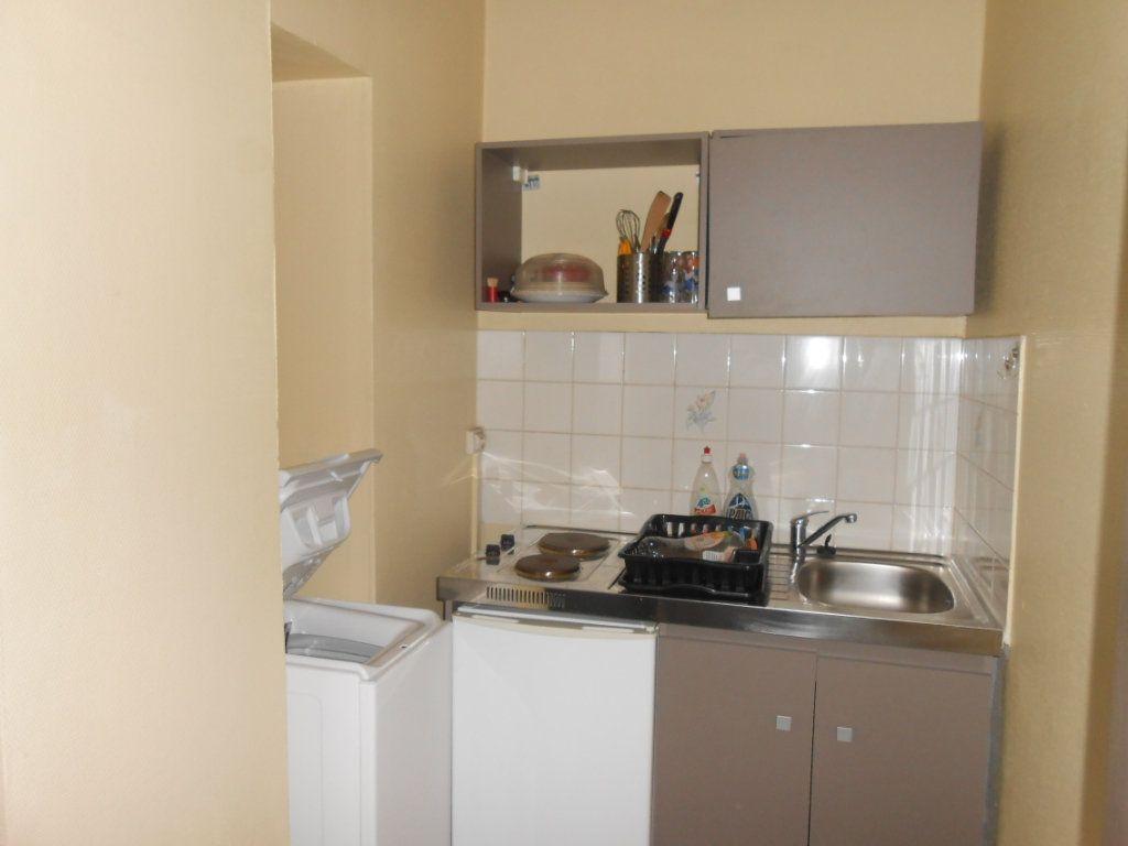 Appartement à vendre 1 20m2 à Nevers vignette-6