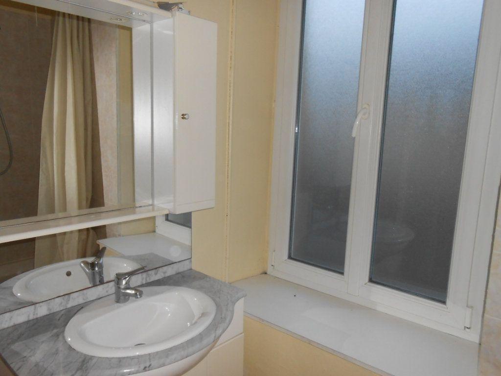 Appartement à vendre 1 20m2 à Nevers vignette-7