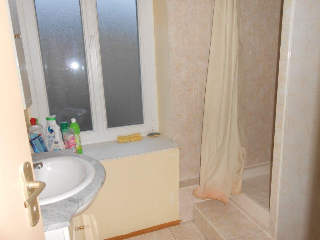 Appartement à vendre 1 20m2 à Nevers vignette-10