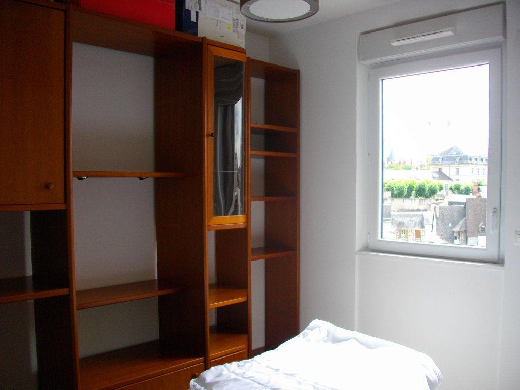 Appartement à louer 2 41.29m2 à Bourges vignette-8