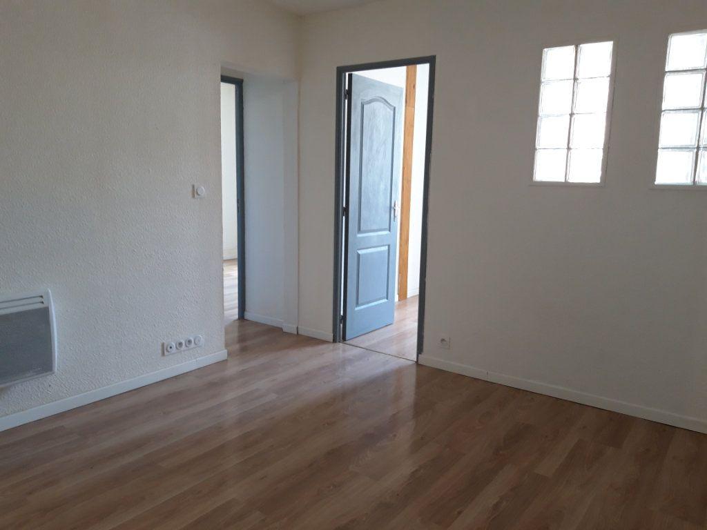 Immeuble à vendre 0 168m2 à Nevers vignette-4