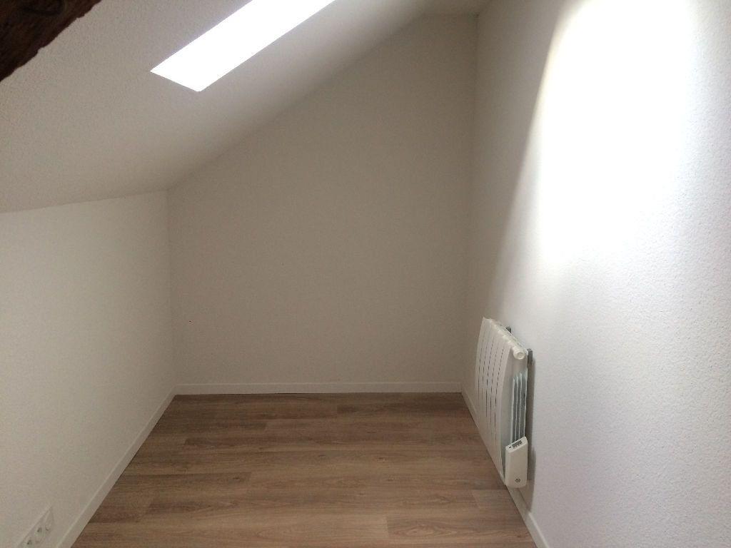 Immeuble à vendre 0 168m2 à Nevers vignette-14