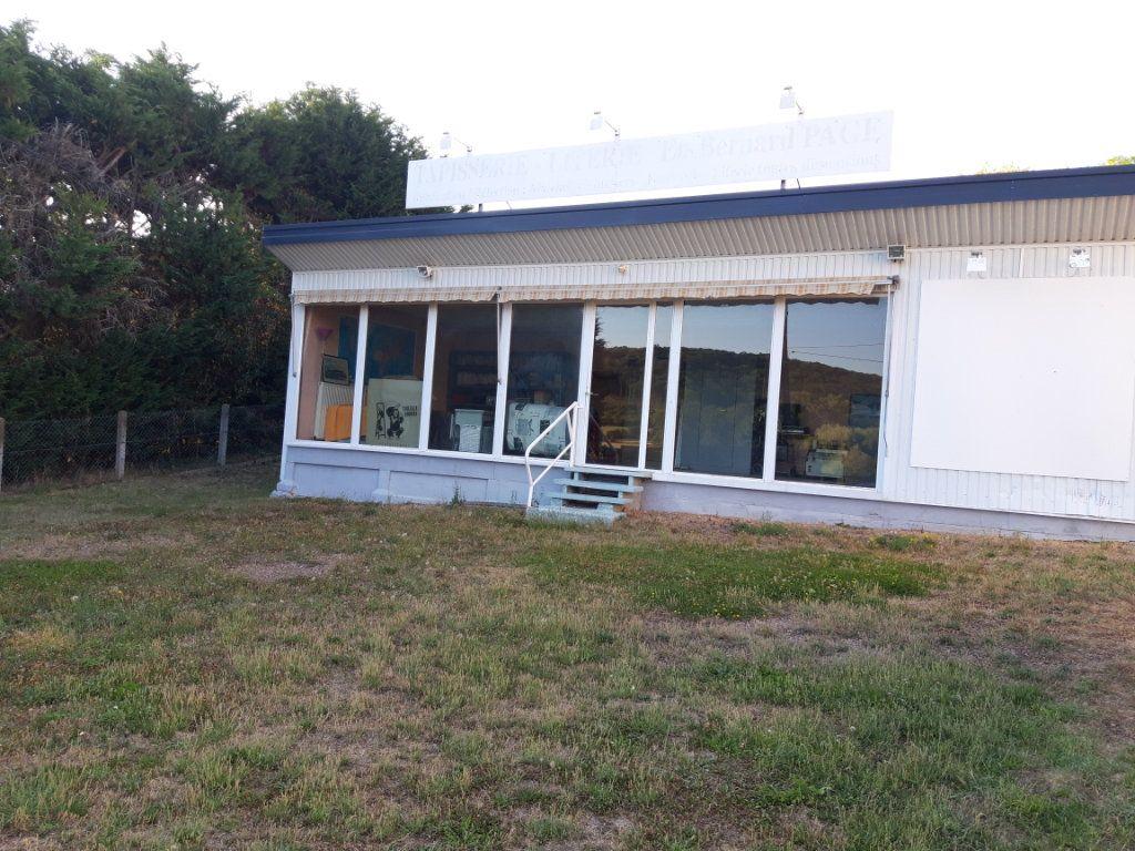 Maison à vendre 4 124m2 à Sichamps vignette-11