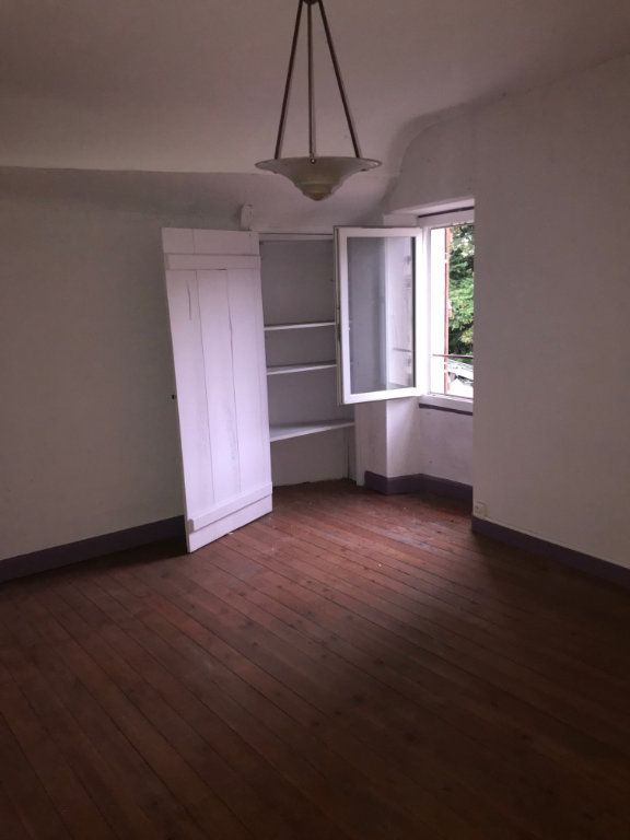 Maison à vendre 7 113m2 à Saint-Saulge vignette-1