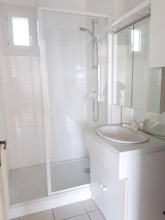 Appartement à louer 3 67.19m2 à Nevers vignette-2