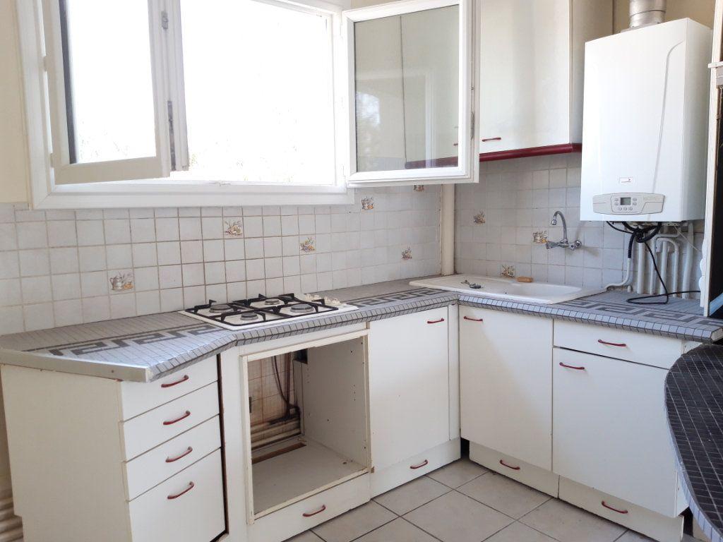 Appartement à louer 3 67.19m2 à Nevers vignette-8