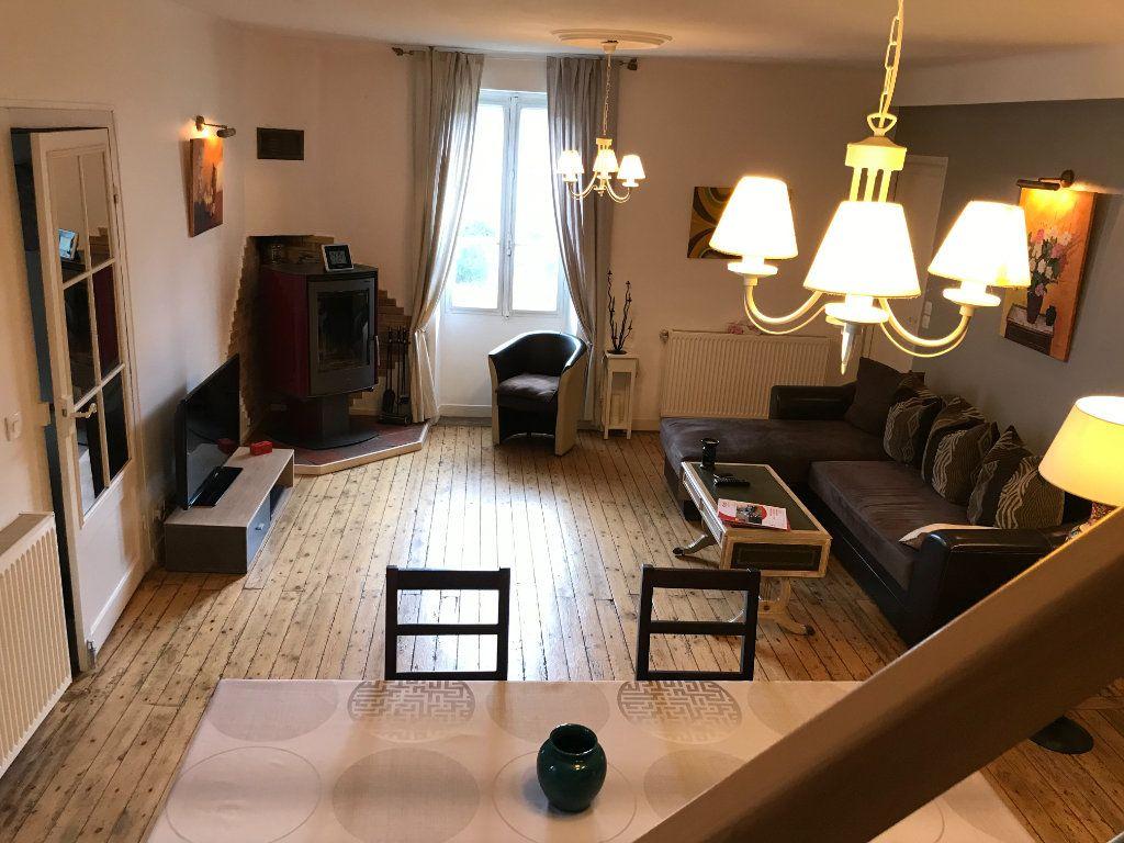 Maison à vendre 4 110m2 à Le Pêchereau vignette-9