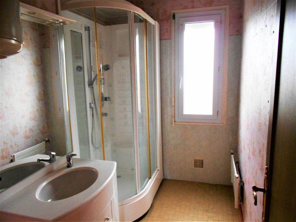 Appartement à vendre 5 88.28m2 à Varennes-Vauzelles vignette-2