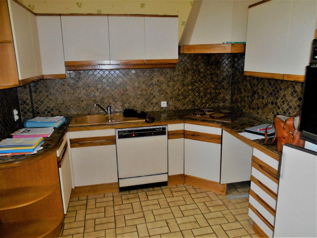 Appartement à vendre 5 88.28m2 à Varennes-Vauzelles vignette-4