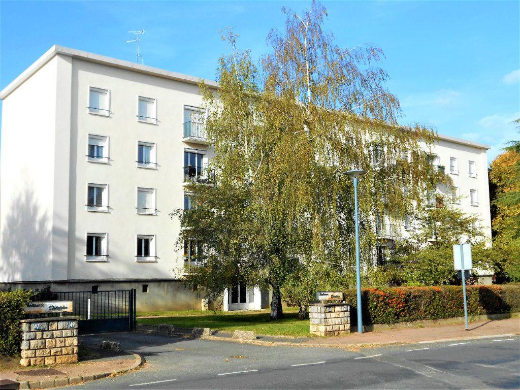 Appartement à vendre 5 88.28m2 à Varennes-Vauzelles vignette-12