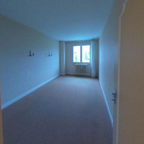 Maison à vendre 5 135m2 à Bourges vignette-5