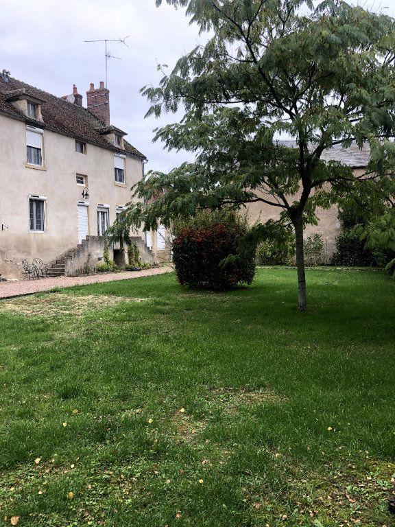 Maison à vendre 7 202m2 à Brinon-sur-Beuvron vignette-1