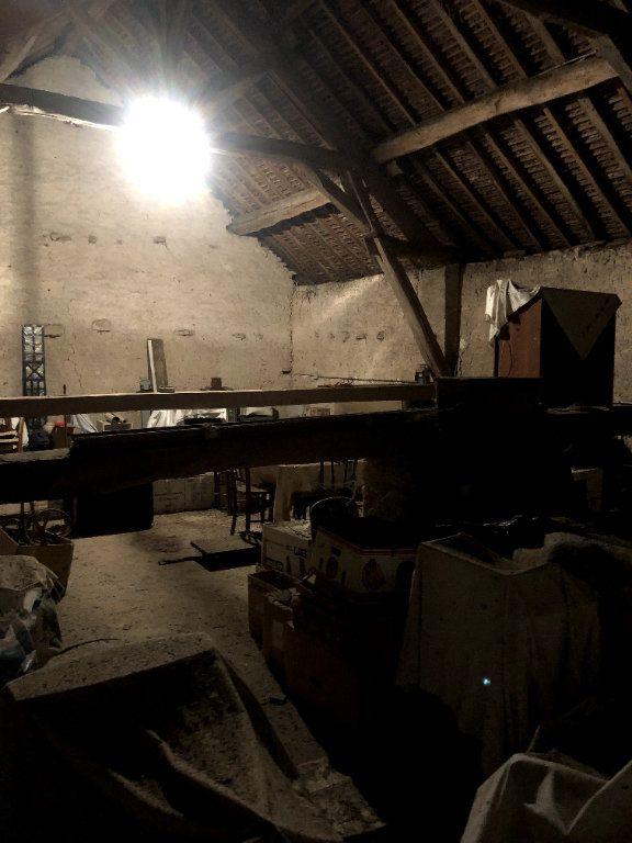 Maison à vendre 7 202m2 à Brinon-sur-Beuvron vignette-9