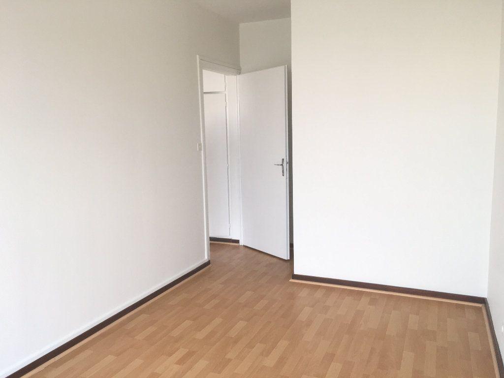 Appartement à louer 2 42.34m2 à Nevers vignette-2
