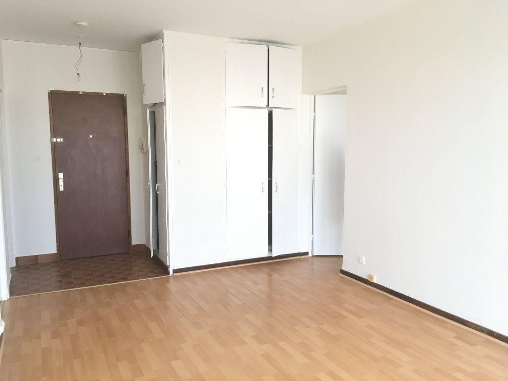 Appartement à louer 2 42.34m2 à Nevers vignette-7
