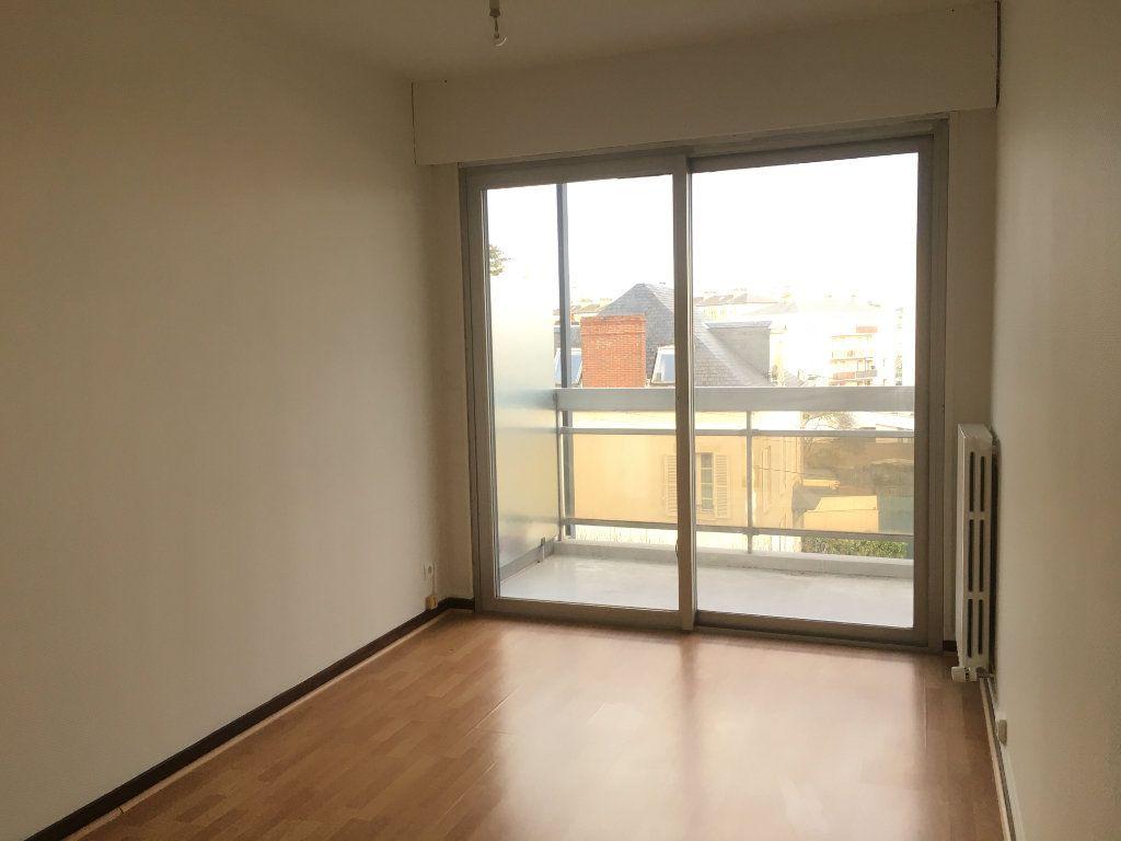 Appartement à louer 2 42.34m2 à Nevers vignette-8