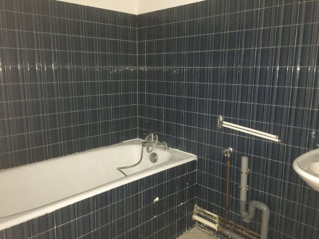 Appartement à louer 2 42.34m2 à Nevers vignette-10