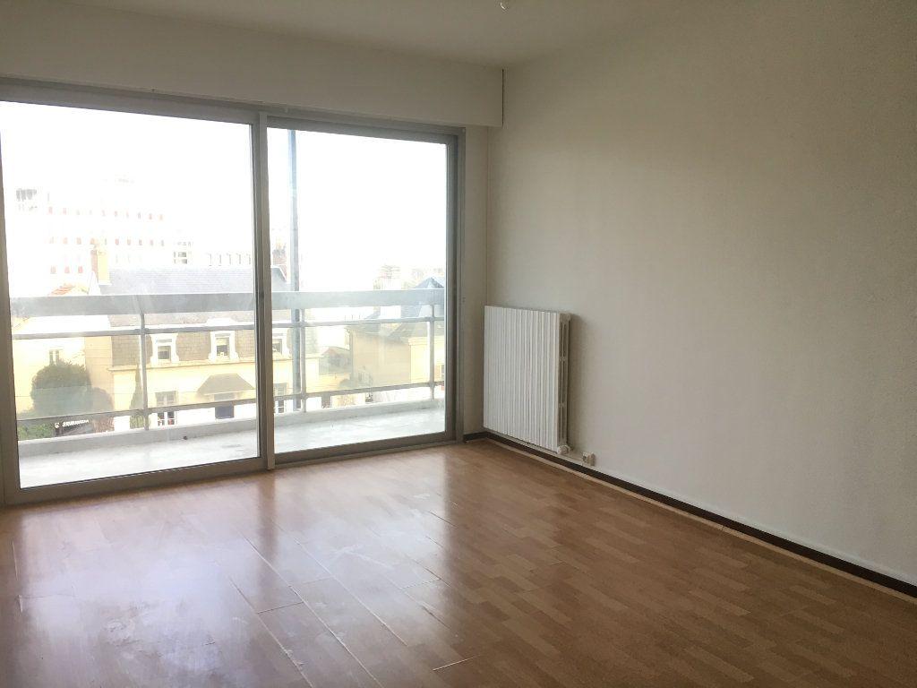 Appartement à louer 2 42.34m2 à Nevers vignette-11