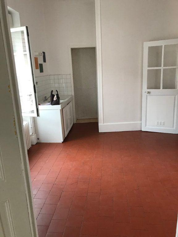 Appartement à vendre 5 140m2 à La Charité-sur-Loire vignette-3