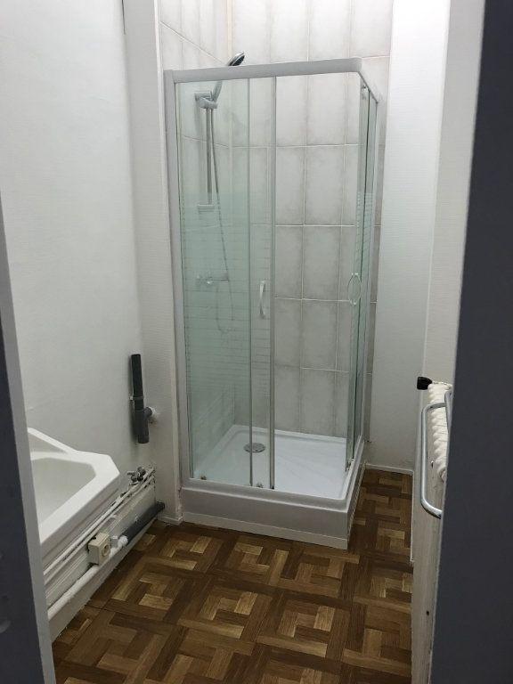 Appartement à vendre 5 140m2 à La Charité-sur-Loire vignette-6