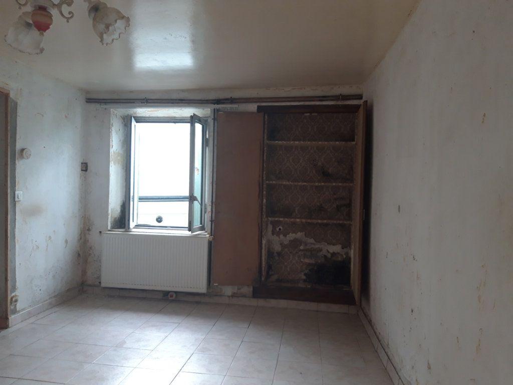 Maison à vendre 4 0m2 à Clion vignette-11