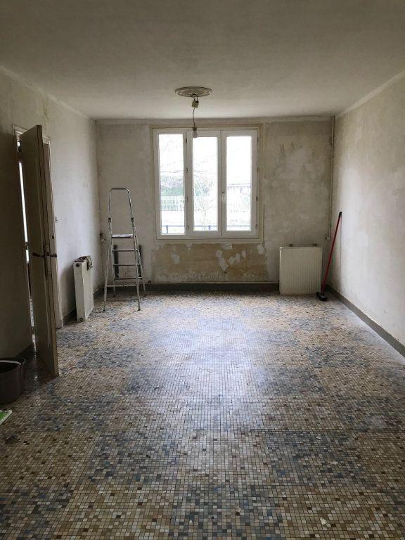 Maison à vendre 4 84m2 à Varennes-Vauzelles vignette-4