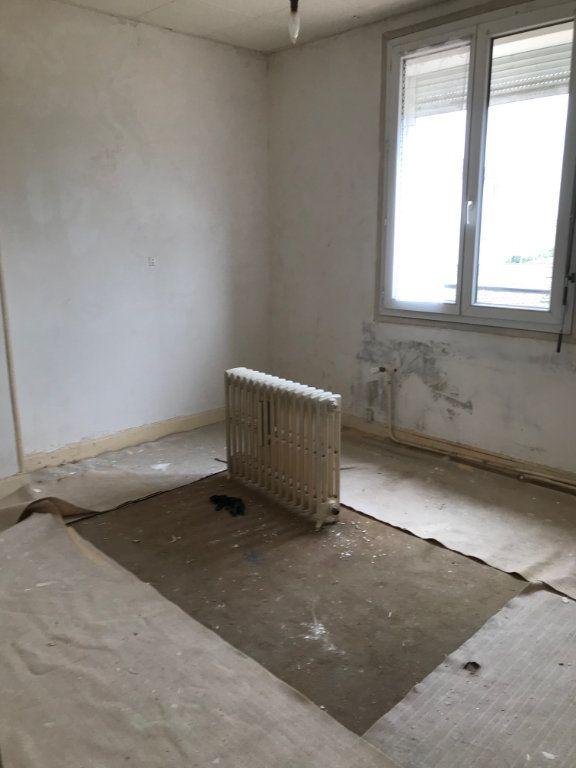 Maison à vendre 4 84m2 à Varennes-Vauzelles vignette-5