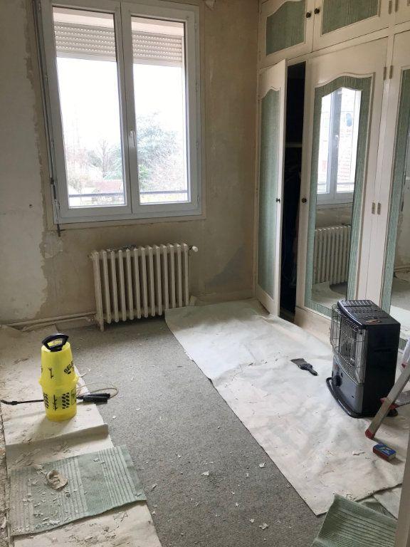 Maison à vendre 4 84m2 à Varennes-Vauzelles vignette-6