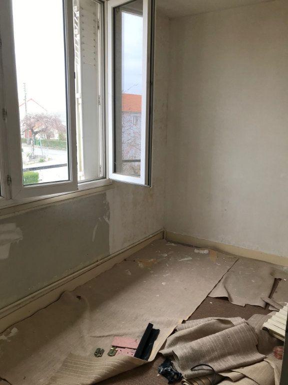 Maison à vendre 4 84m2 à Varennes-Vauzelles vignette-8