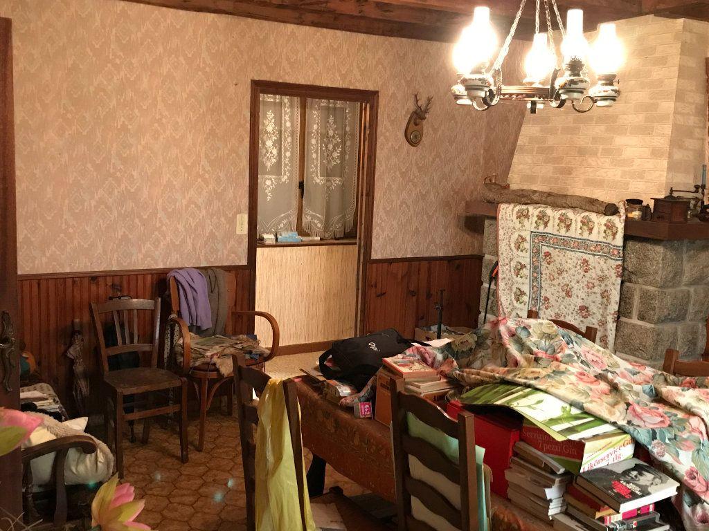 Maison à vendre 5 96m2 à Neuvy-Saint-Sépulchre vignette-6