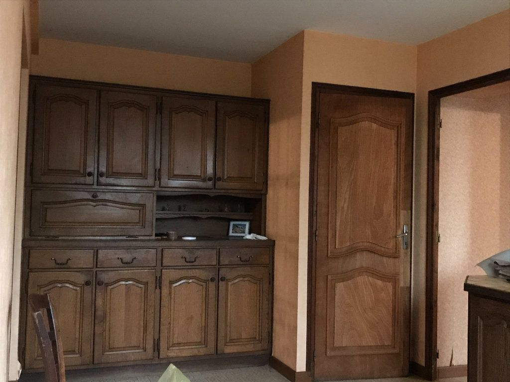 Maison à vendre 5 96m2 à Neuvy-Saint-Sépulchre vignette-8