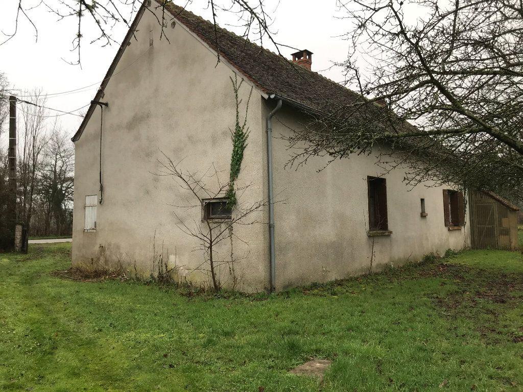 Maison à vendre 5 96m2 à Neuvy-Saint-Sépulchre vignette-15