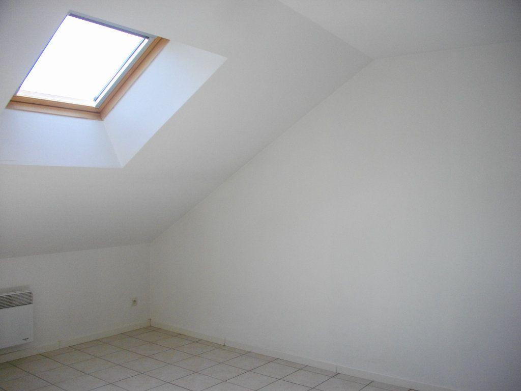 Appartement à louer 2 33m2 à Bourges vignette-5