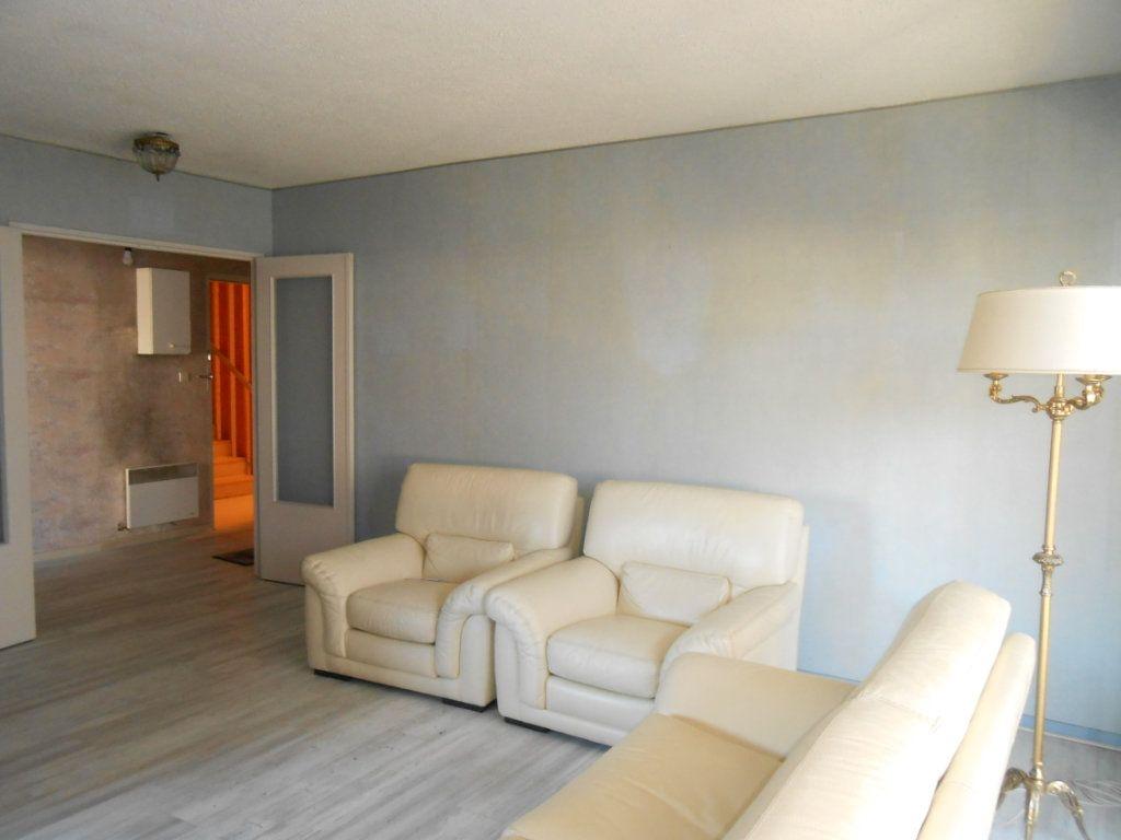 Appartement à vendre 4 100m2 à Nevers vignette-1