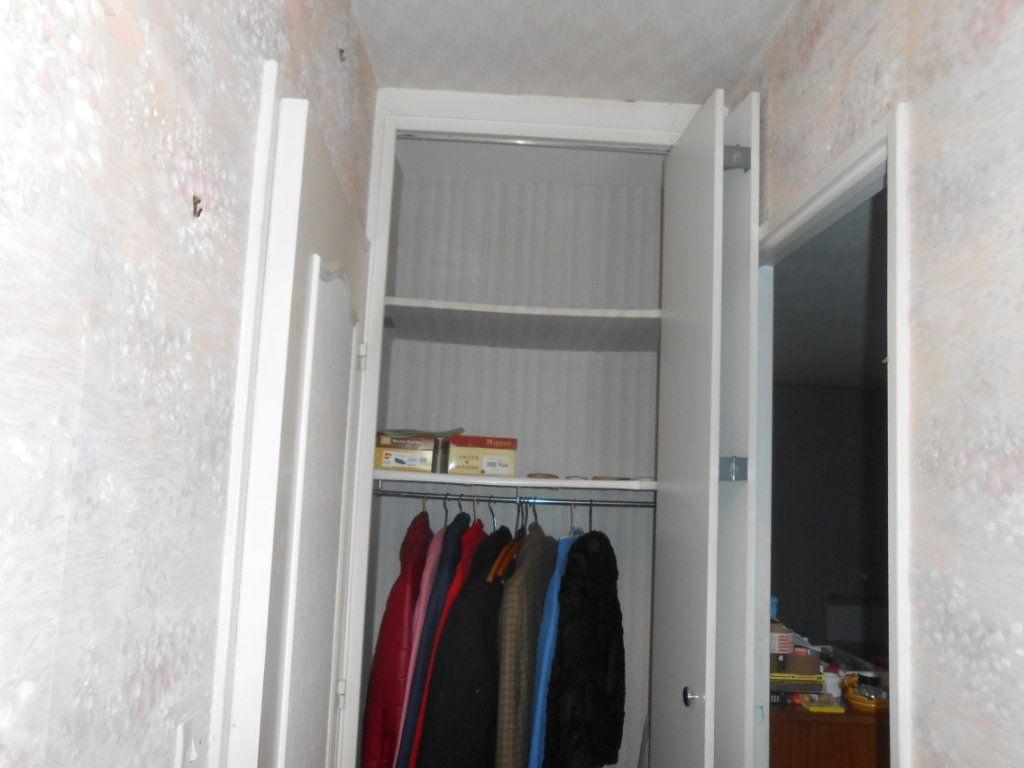 Appartement à vendre 4 100m2 à Nevers vignette-14