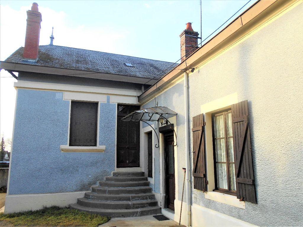 Maison à vendre 5 125m2 à La Guerche-sur-l'Aubois vignette-2