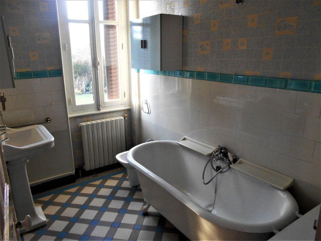 Maison à vendre 5 125m2 à La Guerche-sur-l'Aubois vignette-6