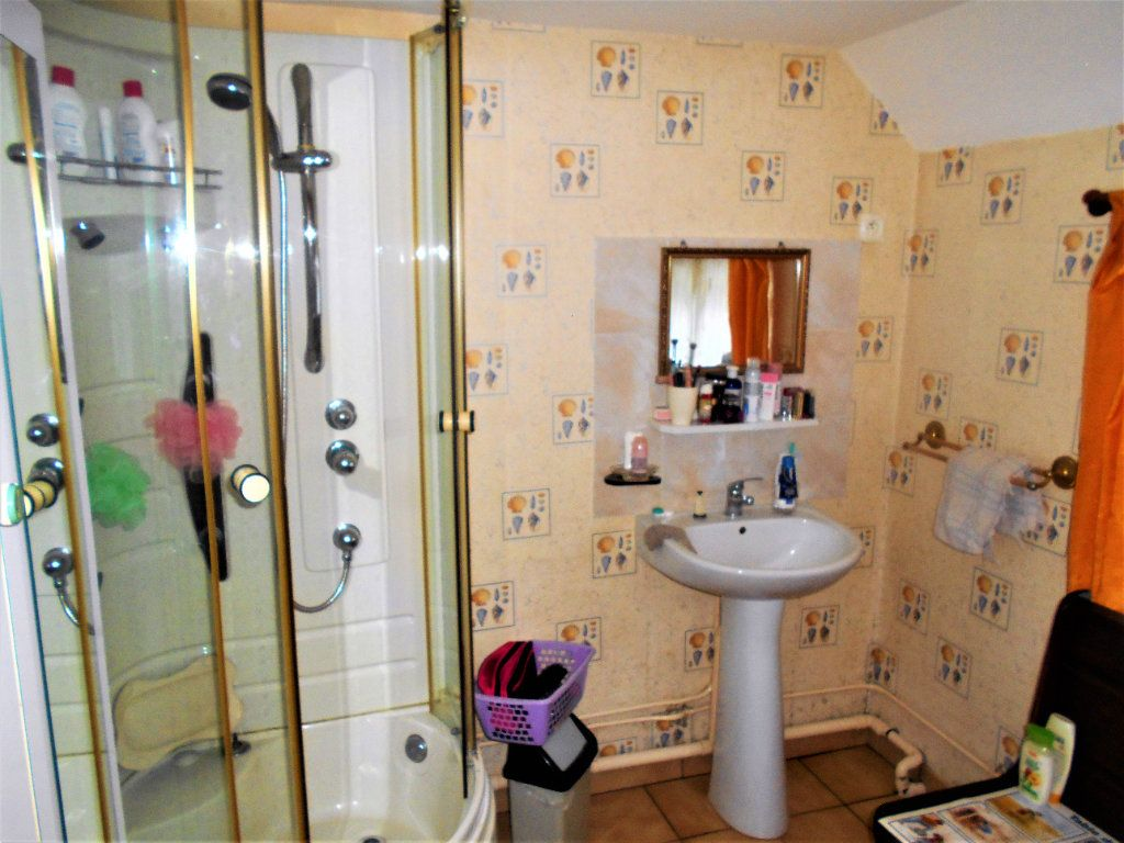 Maison à vendre 5 125m2 à La Guerche-sur-l'Aubois vignette-11