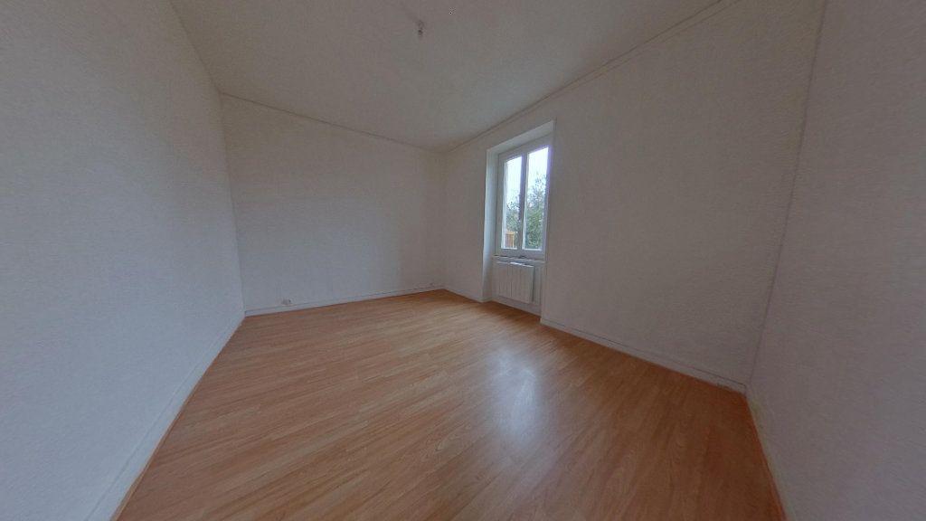 Appartement à louer 3 82.2m2 à Nevers vignette-4